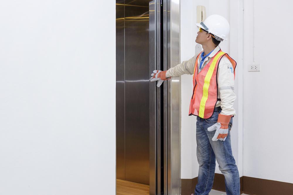 エレベーター管理者